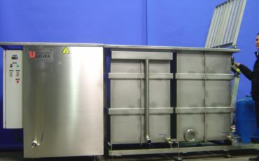 TRI-CL-900